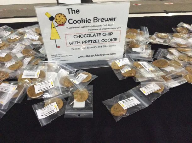 Chocolate Chip with Pretzel Cookies by The Cookie Brewer (made with Old Elke Brown by Brewery Rickoli)